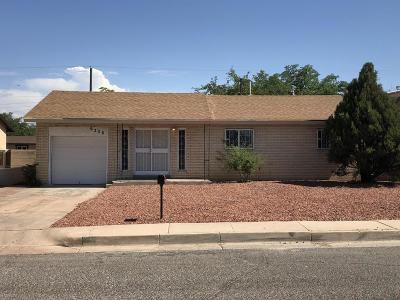Albuquerque Single Family Home For Sale: 6308 Gwin Road SW