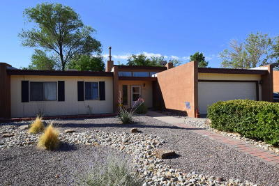 Albuquerque Single Family Home For Sale: 5312 Sooner Trail NW