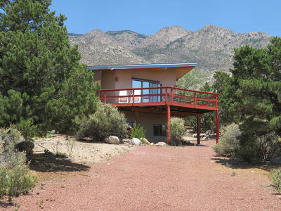 Bernalillo County Single Family Home For Sale: 13 Eagle Nest Drive NE