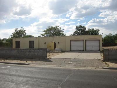 Rio Rancho Single Family Home For Sale: 3403 Ann Circle SE