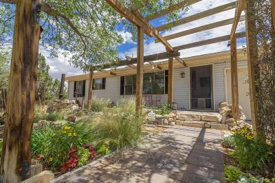 Edgewood Single Family Home For Sale: 8 Crestview Lane