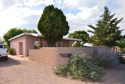 Bernalillo Single Family Home For Sale: 39 Llanito Road