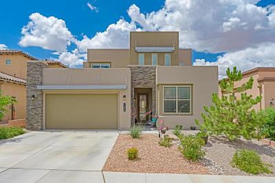 Bernalillo County Single Family Home For Sale: 11932 Dahlia Avenue SE