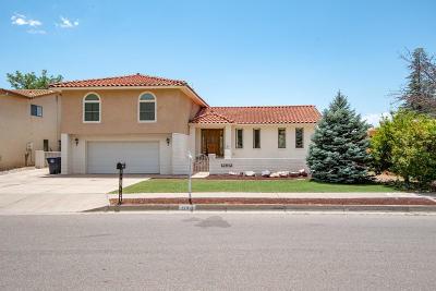 Single Family Home For Sale: 12912 Calle De Sandias NE