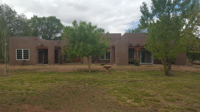 Valencia County Single Family Home For Sale: 19 Tuki Court