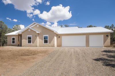 Tijeras, Cedar Crest, Sandia Park, Edgewood, Moriarty, Stanley Single Family Home For Sale: 117 Via Sedillo Road