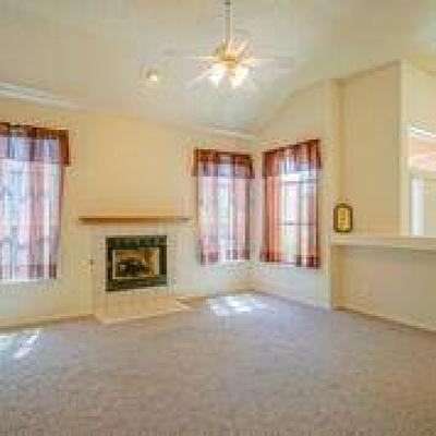 Single Family Home For Sale: 7231 Laster Avenue NE