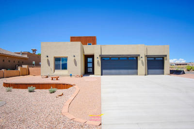 Rio Rancho Single Family Home For Sale: 2303 18th Street SE