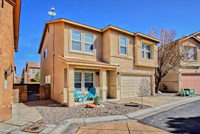 Albuquerque NM Single Family Home For Sale: $222,000