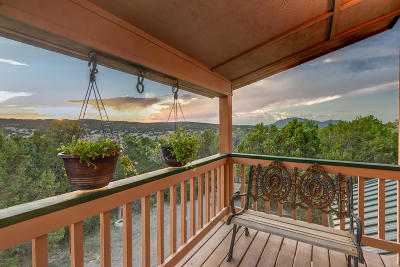 Santa Fe County Single Family Home For Sale: 11 Designer Court