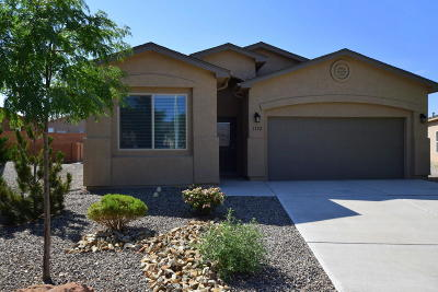 Rio Rancho NM Single Family Home For Sale: $220,000