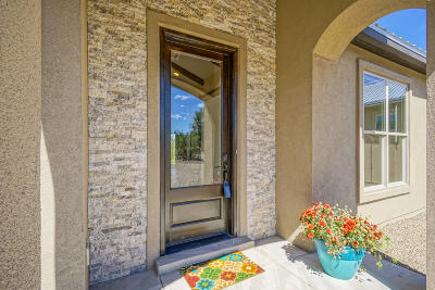 Santa Fe County Single Family Home For Sale: 23 Camino Coyote