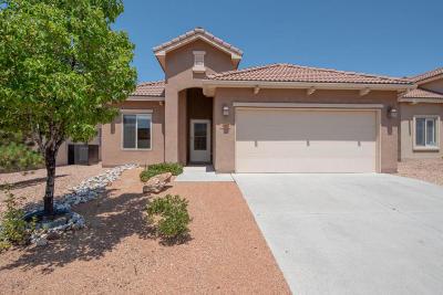Bernalillo Single Family Home For Sale: 807 Desert Marigold Court