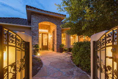 Tijeras Single Family Home For Sale: 18 Coyote Canyon Trail