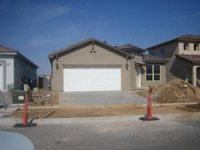 Single Family Home For Sale: 7313 Ojai Street NE