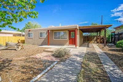 Albuquerque Single Family Home For Sale: 8201 Kathryn Avenue SE