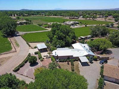 Valencia County Single Family Home For Sale: 1 Avenida Polo Garcia