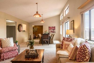 Single Family Home For Sale: 6301 Prairie Avenue NE