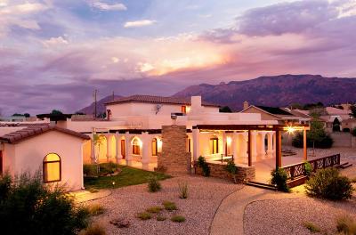 Albuquerque Single Family Home For Sale: 8420 Florence Avenue NE