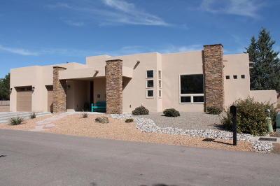 Los Ranchos Single Family Home For Sale: 315 Nuevo Hacienda Lane NW