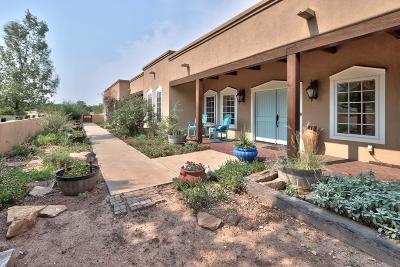 Tijeras, Cedar Crest, Sandia Park, Edgewood, Moriarty, Stanley Single Family Home For Sale: 732 Stagecoach Road