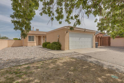 Rio Rancho NM Single Family Home For Sale: $125,000