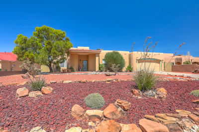 Rio Rancho Single Family Home For Sale: 2179 Monterrey Road NE