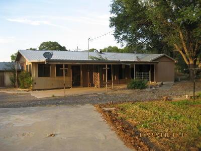 Valencia County Single Family Home For Sale: 79 B Camino De Los Chavez