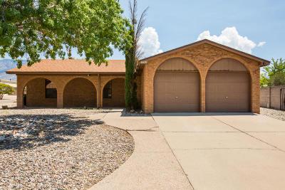 Single Family Home For Sale: 8620 Liberty Drive NE