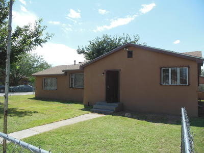 Valencia County Single Family Home For Sale: 501 2nd Street