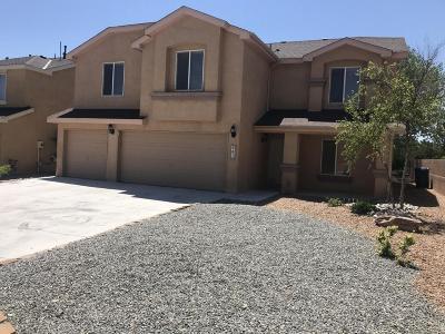 Valencia County Single Family Home For Sale: 961 Capitan Street NW