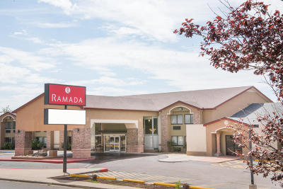 Bernalillo County Commercial For Sale: 25 Hotel Circle NE