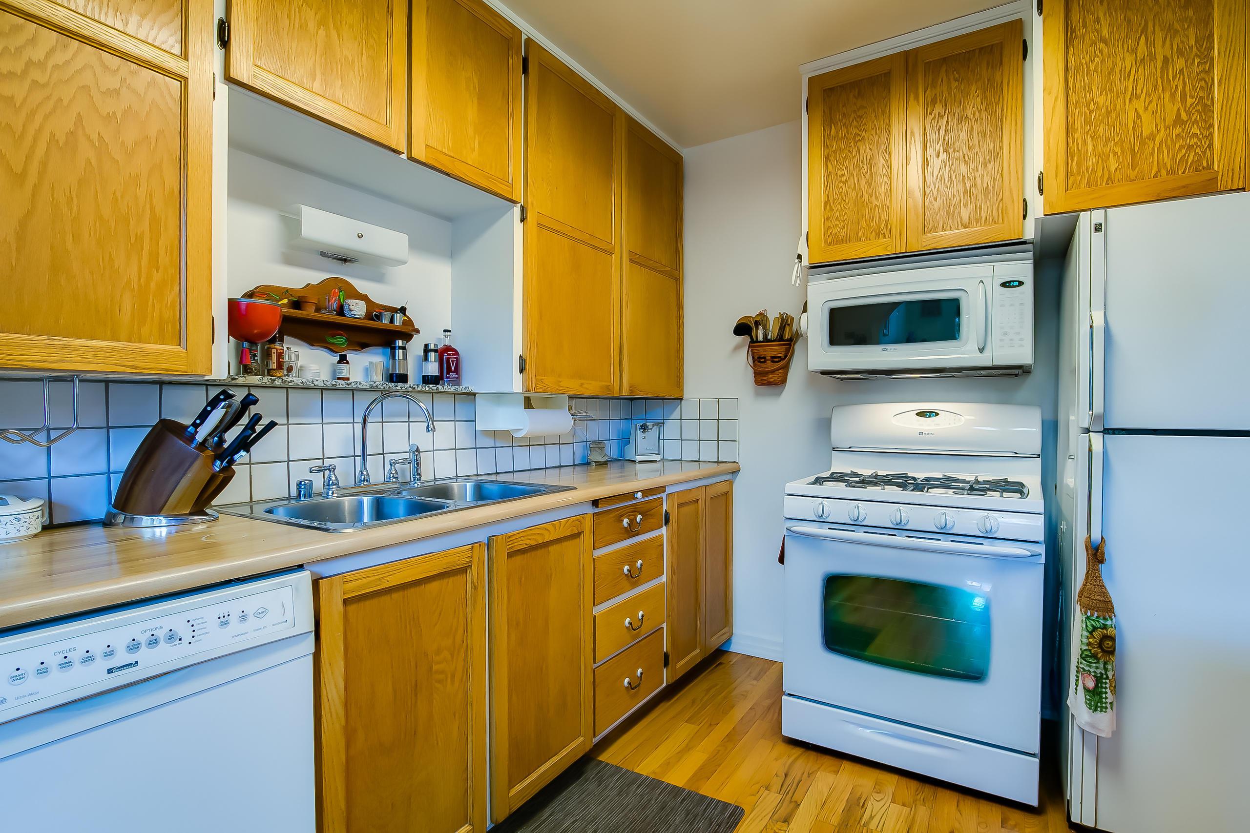 Listing: 3220 Monterey Avenue SE, Albuquerque, NM.  MLS# 925810 ...