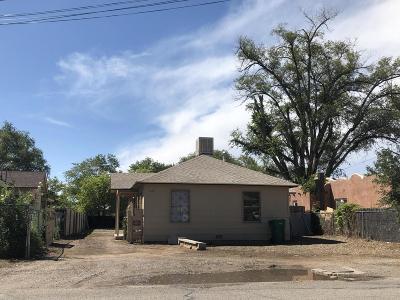 Albuquerque Single Family Home For Sale: 1125 La Vega Drive SW