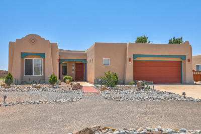 rio rancho Single Family Home For Sale: 820 Nightglow Avenue NE