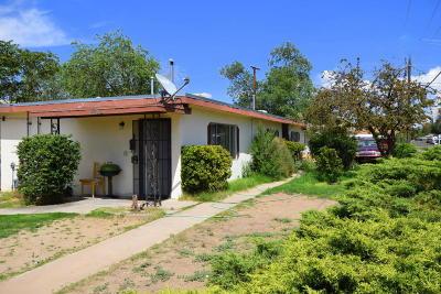 Albuquerque Multi Family Home For Sale: 448 Kentucky Street SE