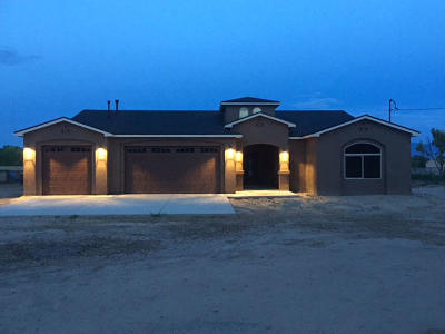 Valencia County Single Family Home For Sale: 10 Kennedy Drive