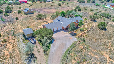 Tijeras, Cedar Crest, Sandia Park, Edgewood, Moriarty, Stanley Single Family Home For Sale: 14 Crestview Road