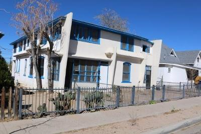 Albuquerque Multi Family Home For Sale: 725 Edith Boulevard SE
