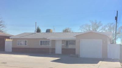 Albuquerque NM Single Family Home For Sale: $190,900