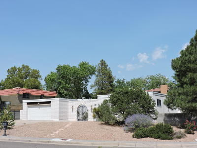 Albuquerque Single Family Home For Sale: 5925 Camino Placido NE