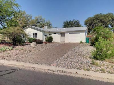 Rio Rancho NM Single Family Home For Sale: $130,000