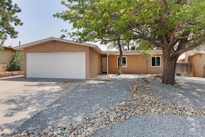 Single Family Home For Sale: 6312 Belcher Avenue NE