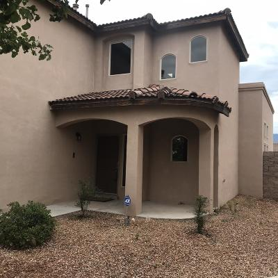 Albuquerque NM Single Family Home For Sale: $310,000