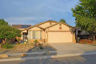 Valencia County Single Family Home For Sale: 126 Avenida Jardin