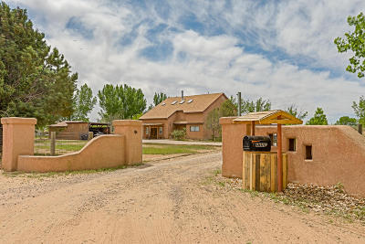 Valencia County Single Family Home For Sale: 4 Leanor Circle