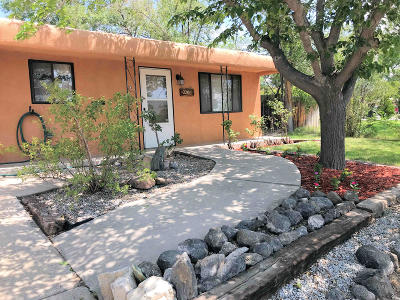 Albuquerque NM Single Family Home For Sale: $198,000