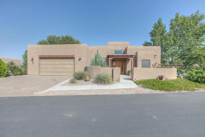 Bernalillo Single Family Home For Sale: 601 Avenida Los Suenos