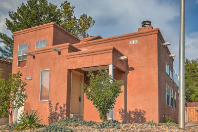 Albuquerque Single Family Home For Sale: 828 Knox Court NE