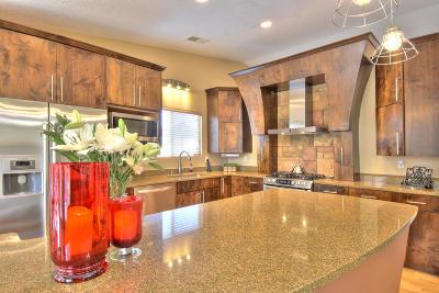 Albuquerque Single Family Home For Sale: 8101 Corte De Aguila NW